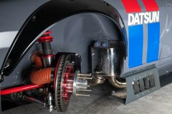 Datsun-240z-S3-Magazine-24
