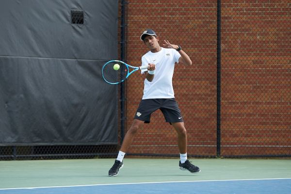 Wake Forest Men's Tennis blitzes Morgan State 5-0 to advance
