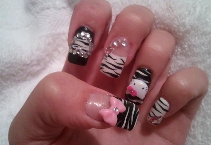 Hello Kitty Zebra Nail Art Gallery