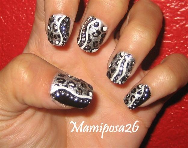 Leopard Nail Design