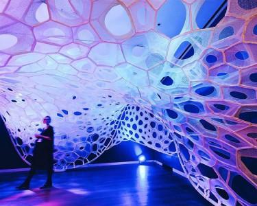 polythread-knitted-textile-pavilion-jenny-sabin-cooper-hewitt-design-triennial-designboom-01