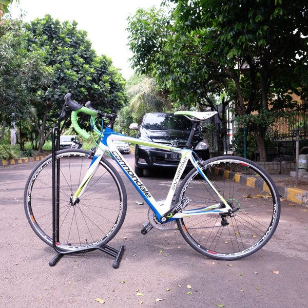 Sepeda Fullbike Cannondale Synapse Carbon Groupset ultegra Road Bike Roadbike Not Termac Pinarello Giant Polygon Helios Dogma Dura Ace 105 Specialized