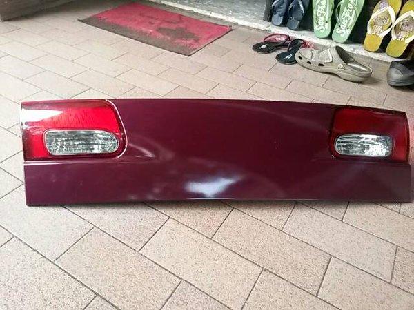 exxclusive lampu mundur yg di bagasi mobil timor