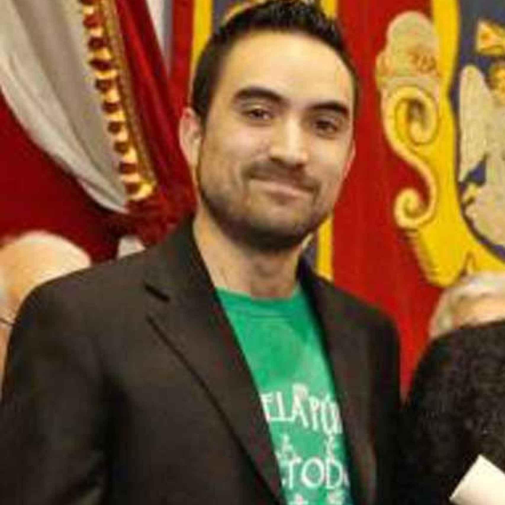 Álvaro Villegas durante la entrega del premio a la Excelencia.