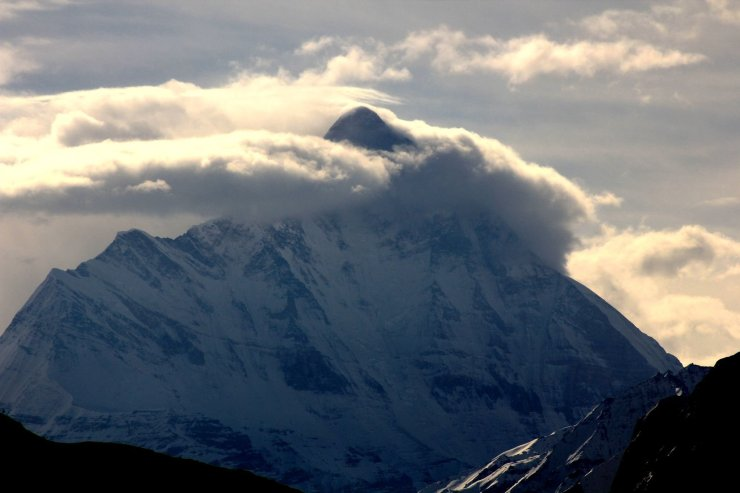 17 Breathtakingly Beautiful Places In India You Must Visit Before You Die Nanda devi mountain