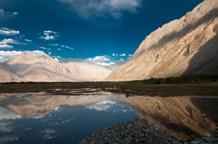 17 Breathtakingly Beautiful Places In India You Must Visit Before You Die Nubra valley hunder