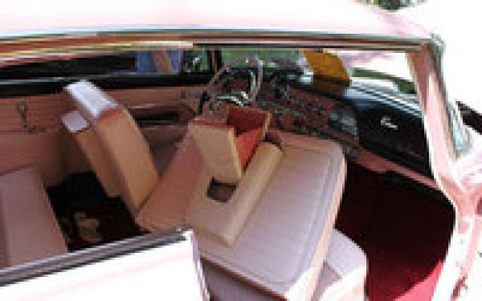 Автомобиль Dodge, который был выпущен в 1955 году только для женщин и стал провалом