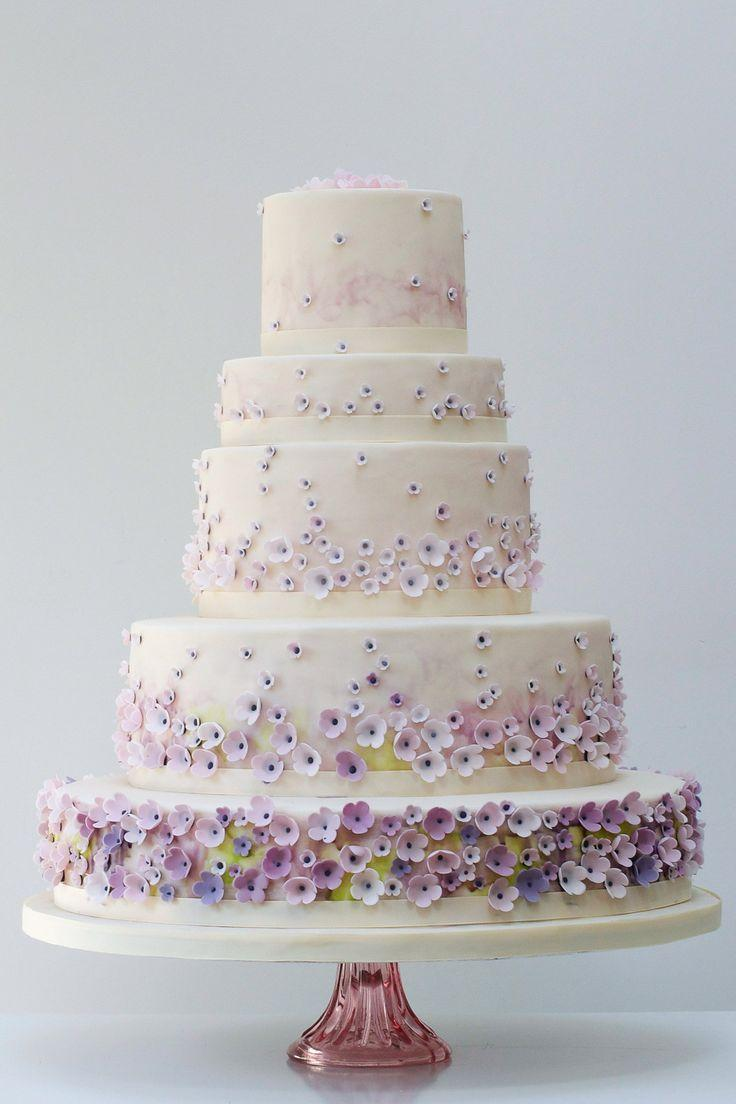 Exclusive Wedding Cakes