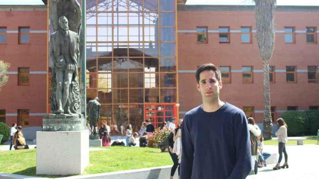 David Romero González, de 31 años, es cordobés. Estudió psicología. Ahora es uno de los 12.000 afectados por los préstamos al honor del Ministerio de Educación.