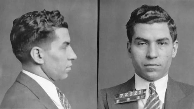 Fotografía del mafioso italiano Lucky Luciano (1931).