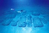 Затонувшая Атлантида: куда ведет каменная дорога у берегов Багамских островов' data-image='' data-src='http://s5.travelask.ru/system/images/files/001/068/646/wysiwyg/61a373b8.jpg?1523459084