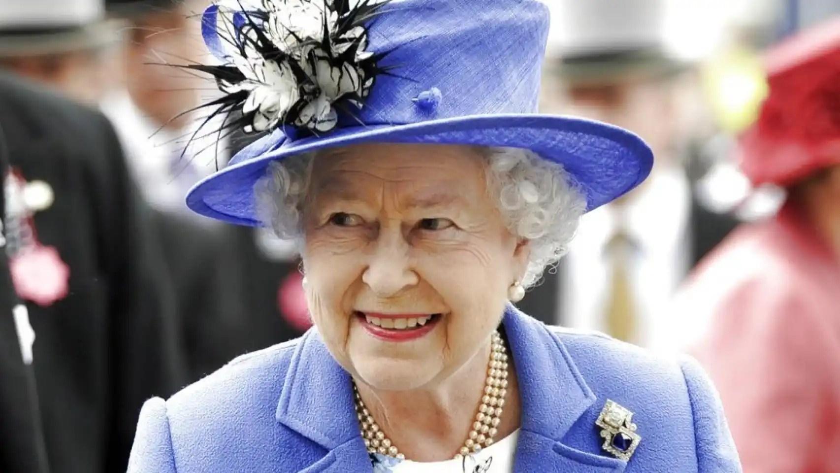 Isabel II cumple 90 años.