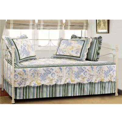 Coral Coastal Quilted Reversible Daybed Bedding Set In