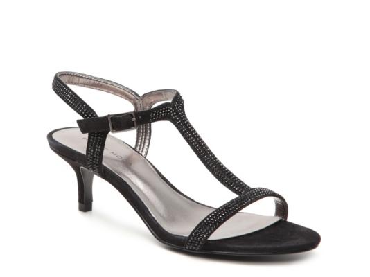 Pelle Moda Fact Sandal   DSW