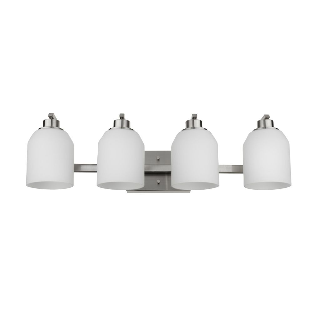 luminaire vanite a 4 ampoules collection davenport fini en nickel brosse abat jour en verre blanc