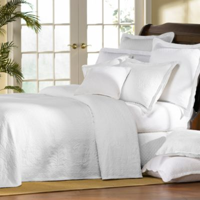 Williamsburg William And Mary White Matelasse Bedspread 100 Cotton Bed Bath Amp Beyond