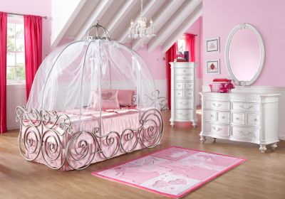 Disney Princess Carriage Bed   BabyCenter Disney Princess Carriage Bed