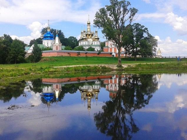 Густинський Свято-Троїцький монастир