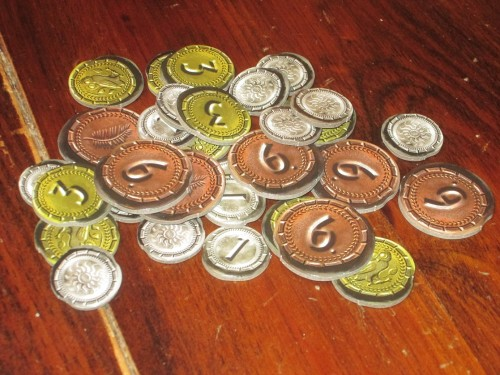 Money is a more important consideration in Duel than in 7 Wonders. All resources are always available, but your opponent's holdings affect the price.