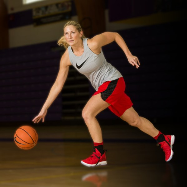 The Best Women's Basketball Shoes of The Year | Eastbay ...