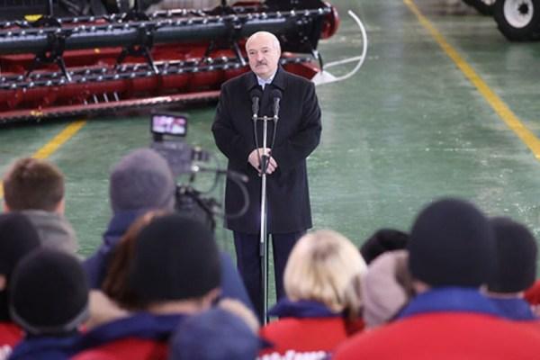 Лукашенко: Мы недавно договорились с россиянами, что в ...