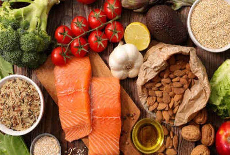 11 نوعا من الأطعمة السحرية لتحسين الحالة المزاجية..