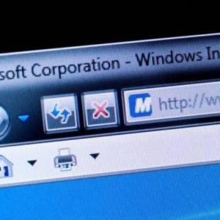 """""""مايكروسوفت"""" تدعو مستخدمي ويندوز إلى تثبيت إصلاح أمني طارئ"""