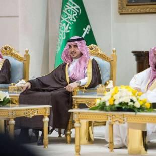 أمير منطقة الجوف يستقبل الأهالي والمسؤولين بالمنطقة