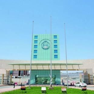 مدير جامعة الباحة يلتقي مدير فرع هيئة الأمر بالمعروف بالمنطقة