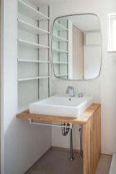 洗面室 鏡はカットサロンプロ用