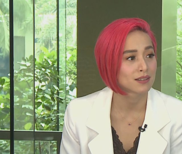 Manila In A Rare Moment Cristine Reyes Spoke Briefly About Her Husband Ali Khatibi Amid Their Rumored Split