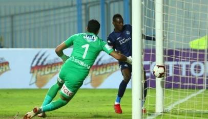 التعادل عنوان أجمل مباريات الدوري المصري بين الزمالك وبيراميدز 5
