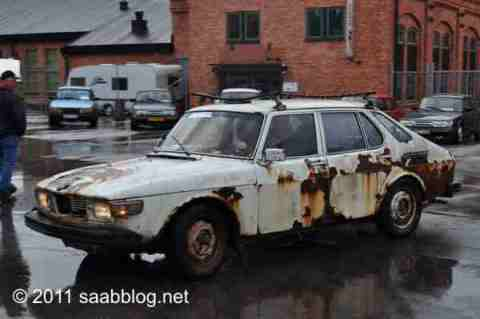 Saab 99, e unidades e unidades e unidades ..