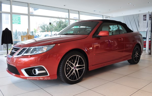 """Saab 9-3 """"Independence Day Edition 2011"""" Cabriolet"""