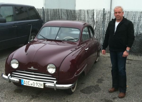 Saab 92B von 1955 mit seinem Besitzer, Herr Kissling. Wundervoll !