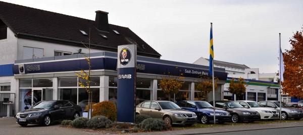 Saab Zentrum Mainz, svenska flaggad ...