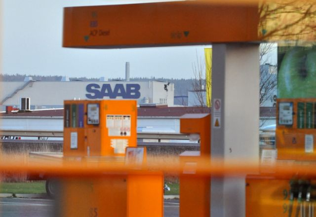 View from the Max directly to the Saab factory