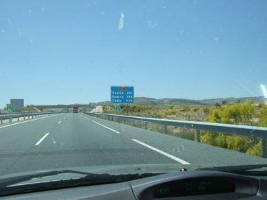 408 kilometers to Cadiz. Photo R. Röber