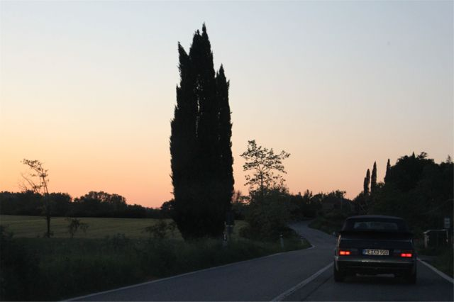 Saab 900 evening mood in Tuscany. Picture of Otto.