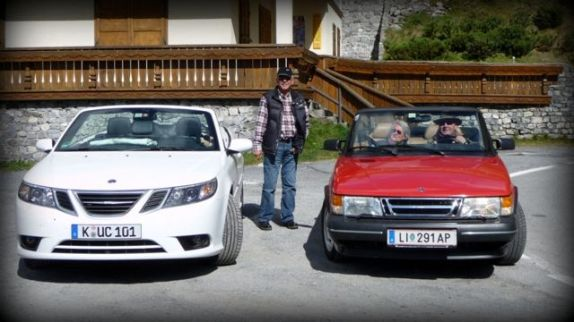 Saab meets Saab. Foto von Udo