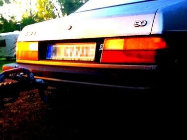 Saab 90 im Sonnenuntergang. Foto von Volker.