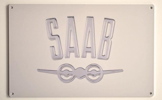 Logotipo histórico de Saab con el bombardero Saab B18