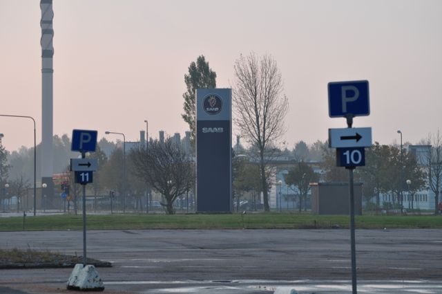 The empty parking lot at the Saab factory