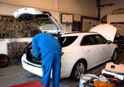 Saab 9-5 II Sportkombi Impressionen, in der Werkstatt