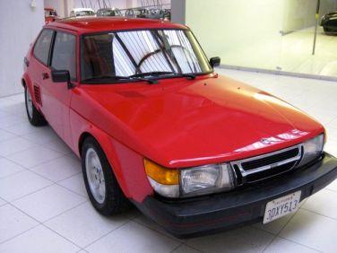 Saab 900 mit Mittelmotor