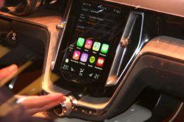 Apple CarPlay Volvo Estate Concept @ 2014 saabblog.net