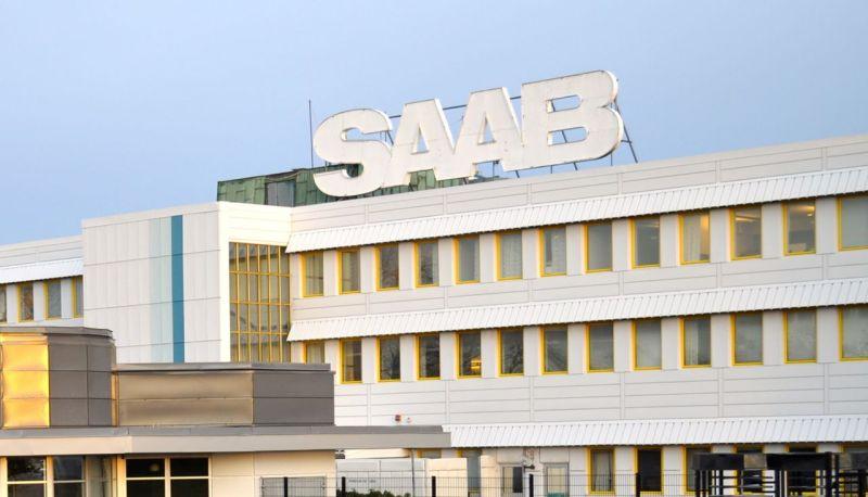 SAAB planta en el sol de la mañana. © 2014 saabblog.net