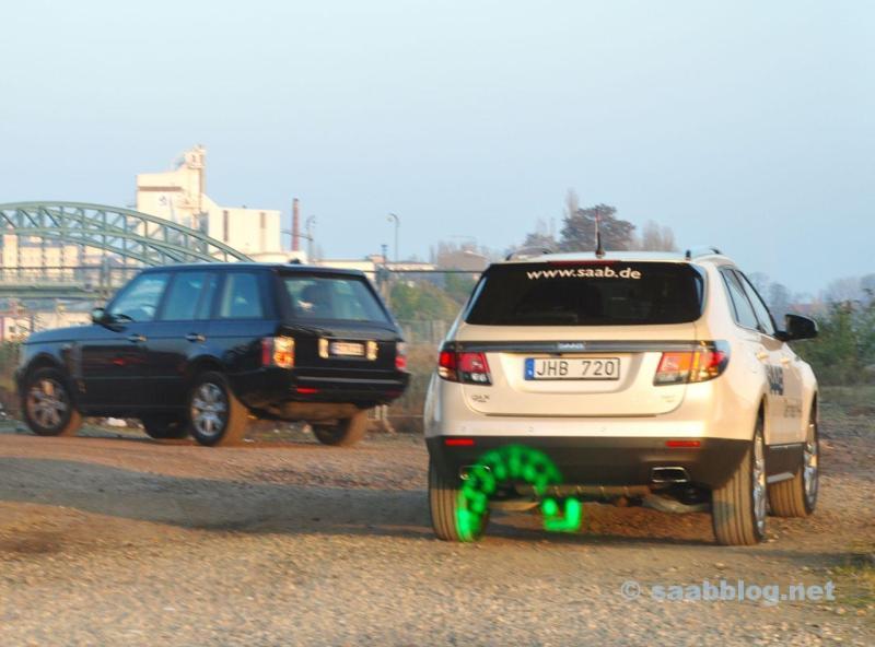 Saab 9-4x e Range Rover. Una marca straniera, solo oggi sul blog.