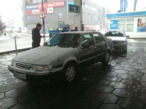 شراء Saab 9000