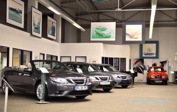 Saab Zentrum Bonn, Saab Spirit an den Waenden.
